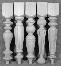 Tischbeine Holz mit gleichem oberen rechteckigen Teil, in der Höhe eines Kaffeetisches