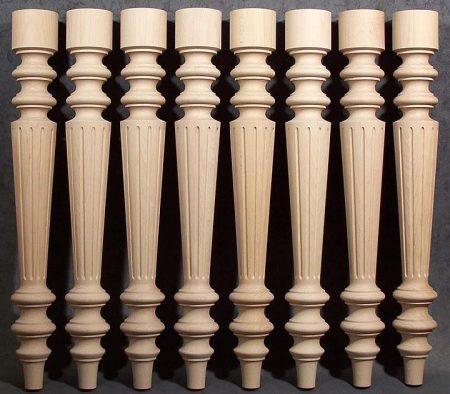Tischbeine Holz produziert mit perfekter Genauigkeit vor Verpackung